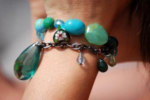 Buy Gem Jewellery Online With Such Methods